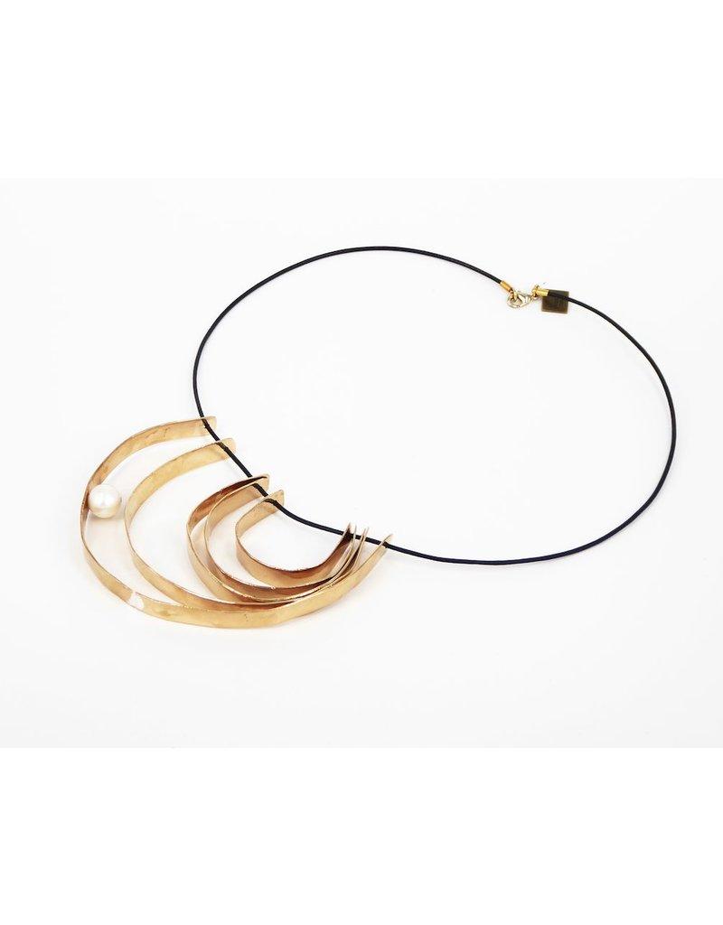 Iron by Miriam Nori NATURA bronze pearl multi half circle N