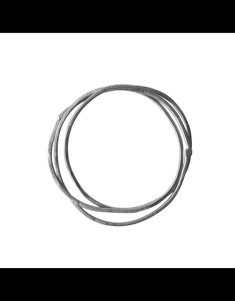 Carme Anglada Irregular loop bangle B