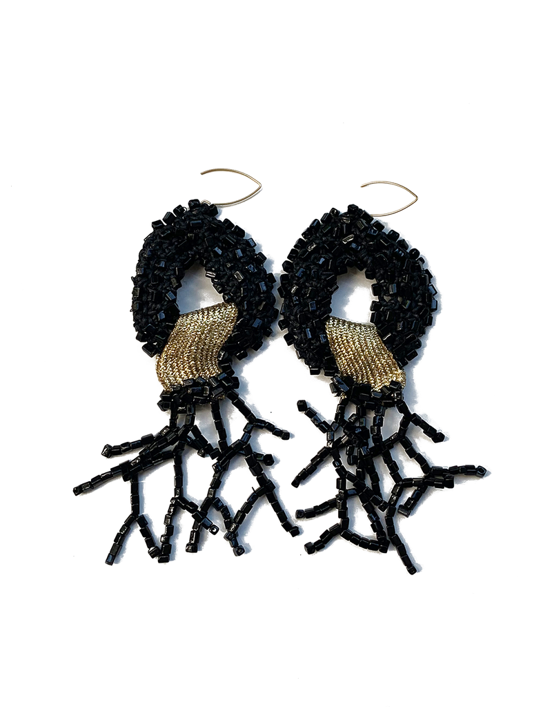 Kleopatra Black coral knitted bead E
