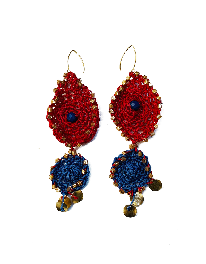 Kleopatra Blue red eye crochet E