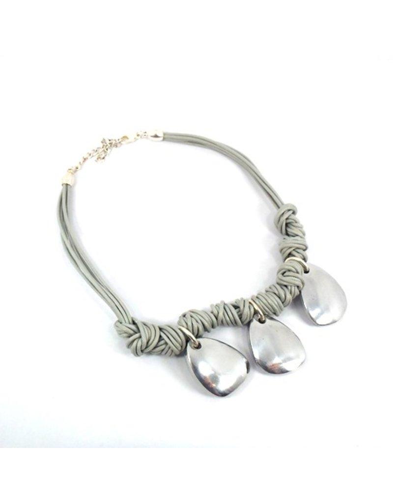 Carme Anglada Three droplet cotton knot N