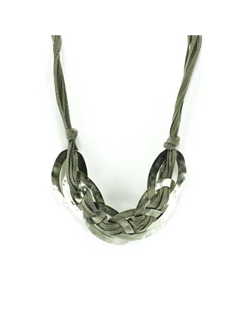 Carme Anglada Large metal oval short N