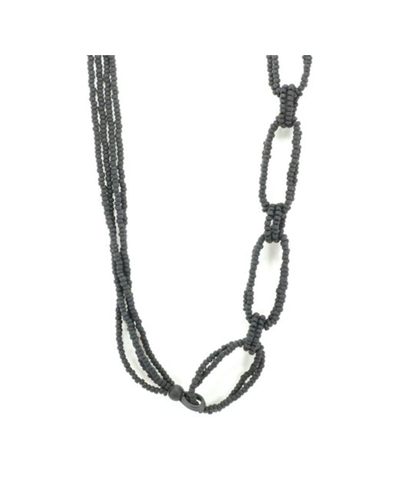 Jolly CATENA C 1 small glass bead interlocked circle long N