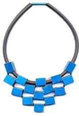 Christina Brampti Aluminium cube rubber N