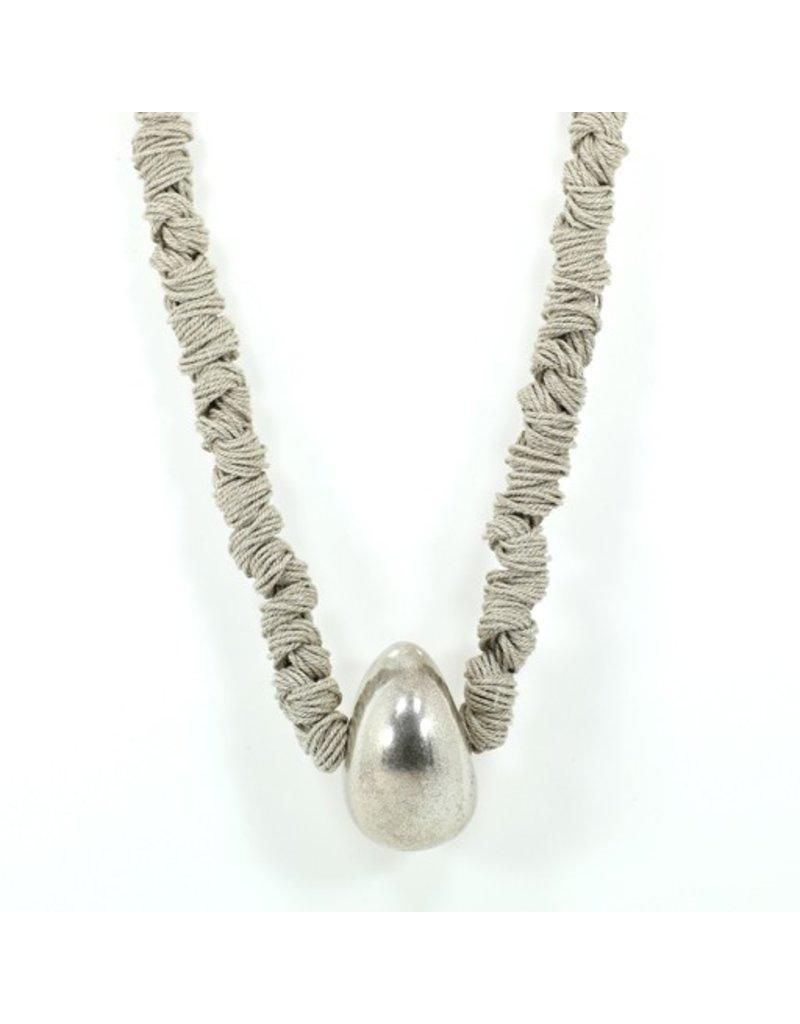 Carme Anglada Linen knot silver ball N