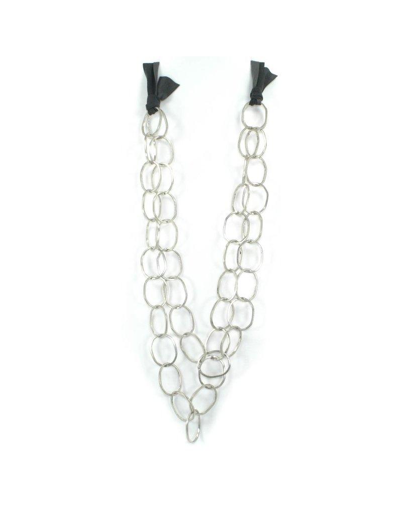 Carme Anglada Metal interlocked loop long N