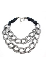 Carme Anglada Interlocked ring two strand short N
