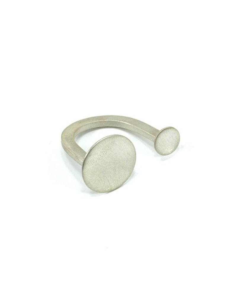 Aines Silver small large circle R
