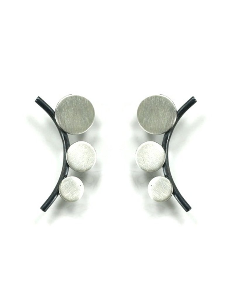 Aines GAMB small silver circle oxi line stud E