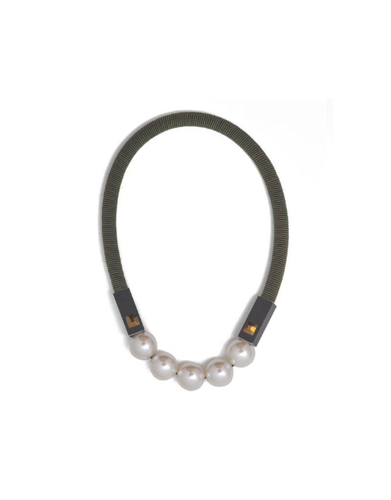 Christina Brampti Aluminium pearl short N