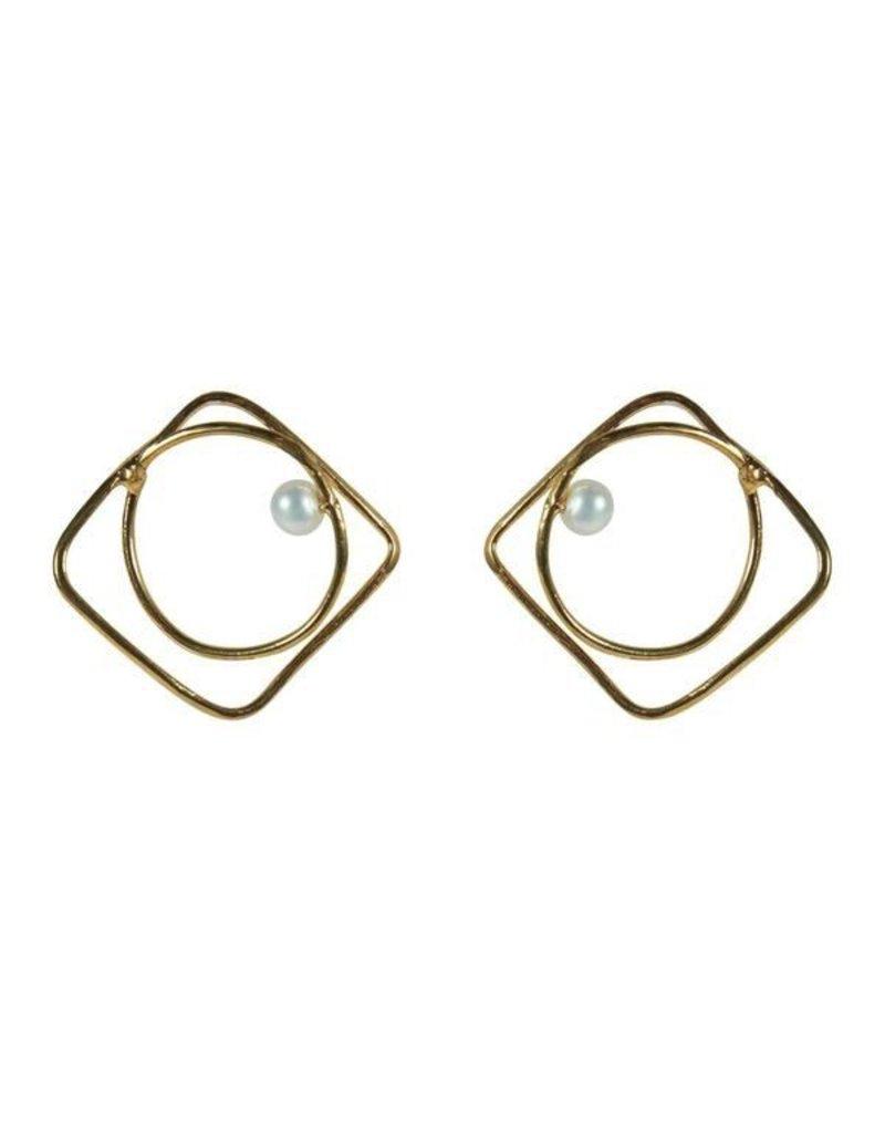 Iron by Miriam Nori Square circle pearl E