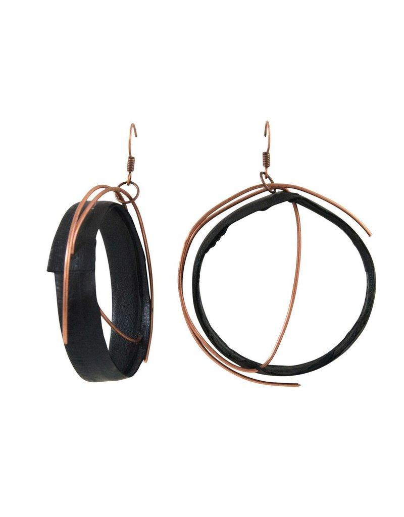 Marija Bajovska Circle wire eel skin E