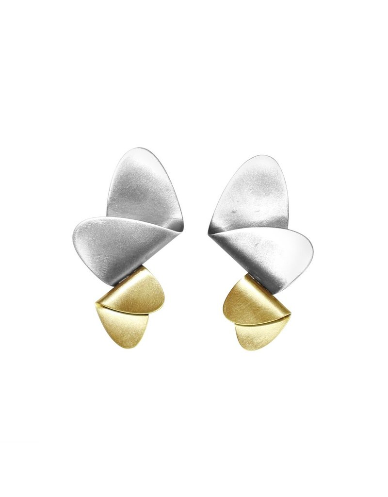 Aines Two fold oval brass silver E