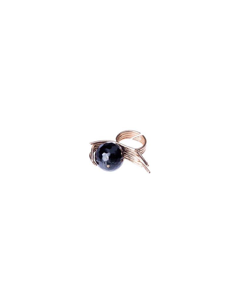 Iron by Miriam Nori FILI black ball R