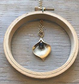 Accessories Womens Calla Lilly Pendant