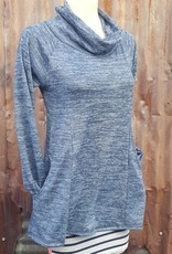 Tops Eleanore Sweater in Lake Blue