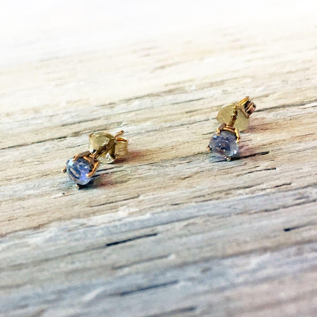 Earrings Cherish Studs with Moonstone
