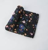 Little Unicorn Cotton Muslin Swaddle: Floral Stitch by Little Unicorn