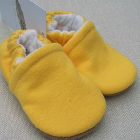 Snow & Arrow Goldenrod Cotton Slippers