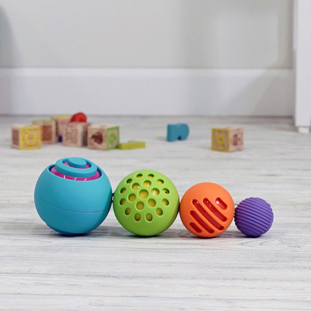 Fat Brain Toys OombeeBall by Fat Brain Toys