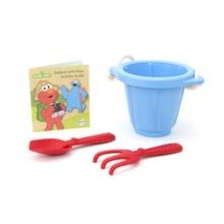 Green Toys Elmo Explores Outdoor Activity Set