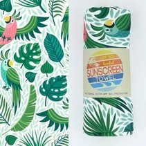 Hooded UPF 50+ Sunscreen Towel - Parrot