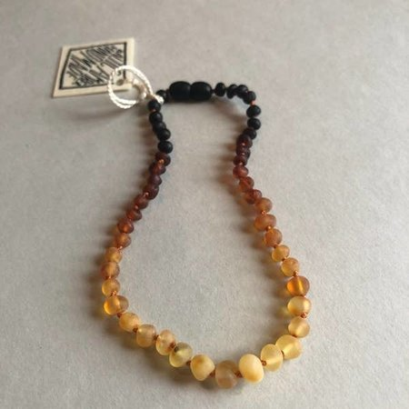 Canyon Leaf Raw Ombre Amber Necklace- 11""