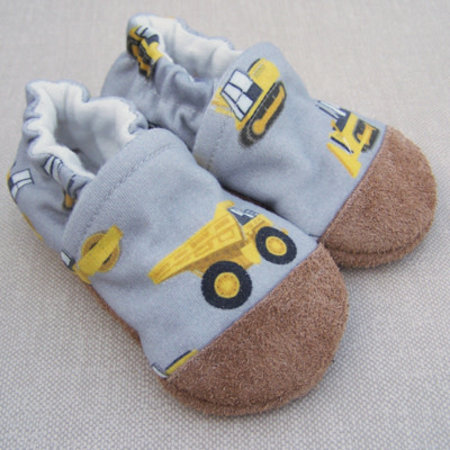 Snow & Arrow Organic Cotton Slippers Construction Zone