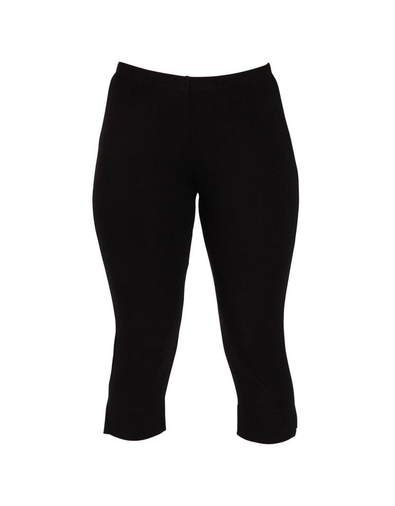 Capri Leggings - Black - SM