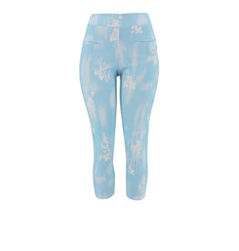 Ravel Sky Washed Capris Small