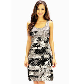 Tango Mango Black & White Leaf Pattern Ruffle Dress Small