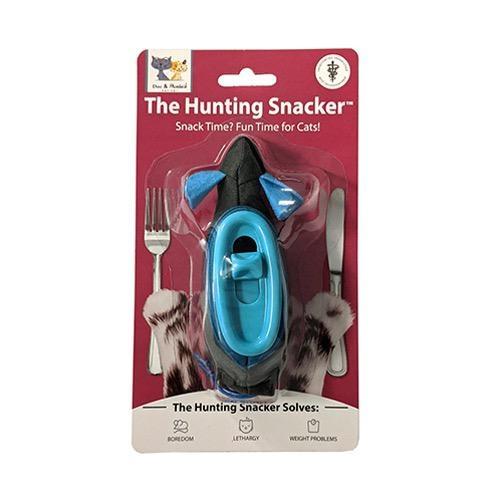 Doc & Phoebe's Indoor Hunting Snacker