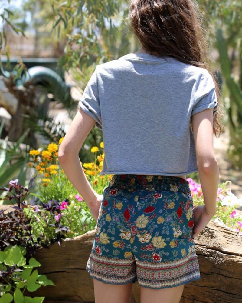 Angie Scarf Shorts (25B26)