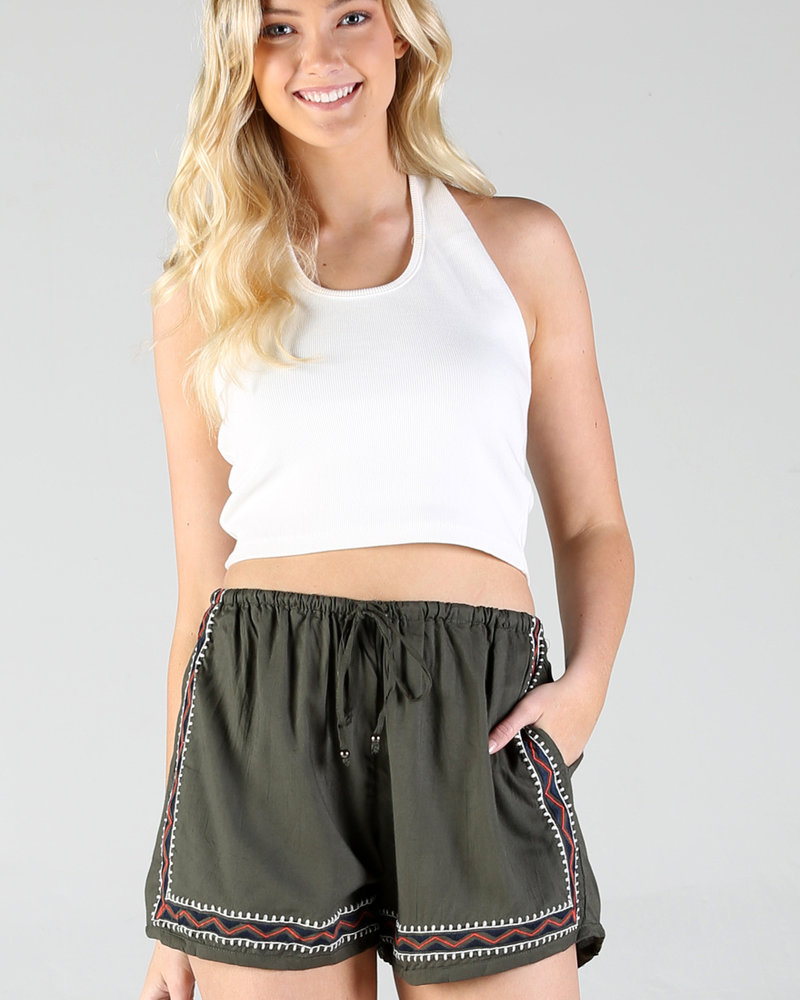 Angie Solid Embroidered Shorts (25D15)