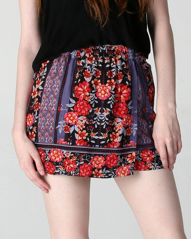 Angie Printed Shorts (25Q75)