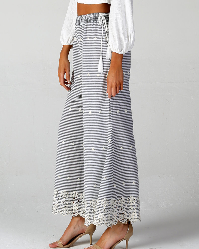Angie Woven Stripes All Over Eyelet Emb Wide Leg (25Q72)