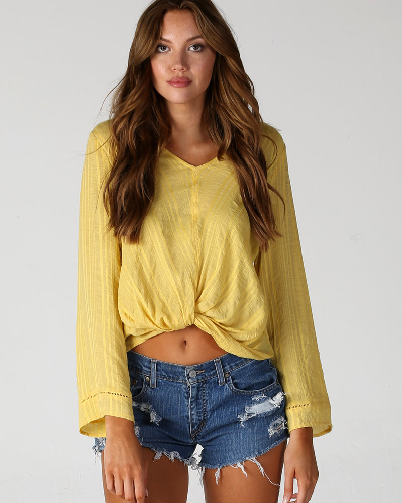 Angie Bell Sleeve Twist Front Top (X2Z02)