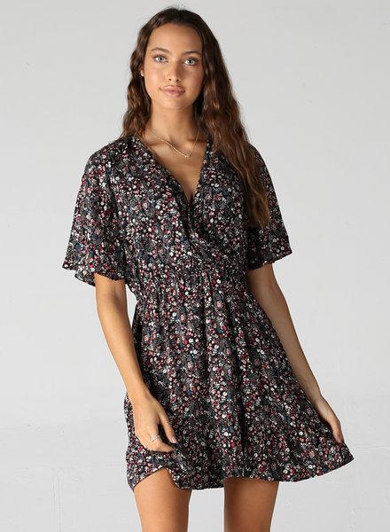 Angie V Neck Short Sleeve Dress (B4CC7)