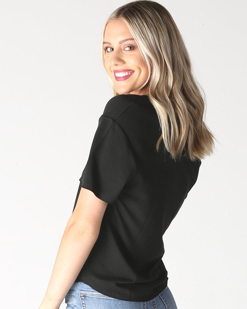 Angie Black Short Sleeve Knit Top Rainbow V Neck Tape (X2Z77)
