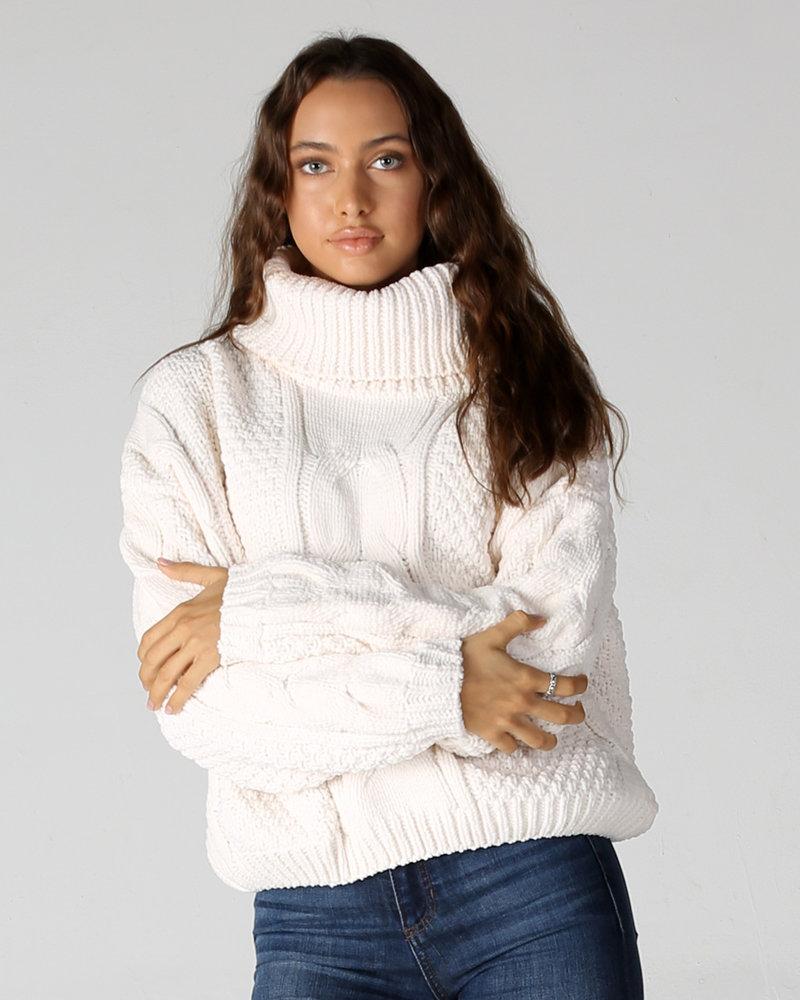 Matte Chenille Cowl Neck Cable Knit Pullover (XHE89)