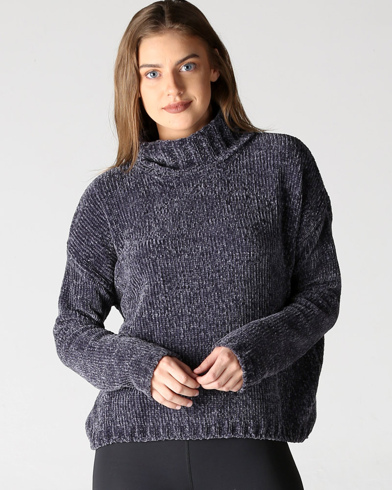 Angie Chenille Pullover (XHF24)