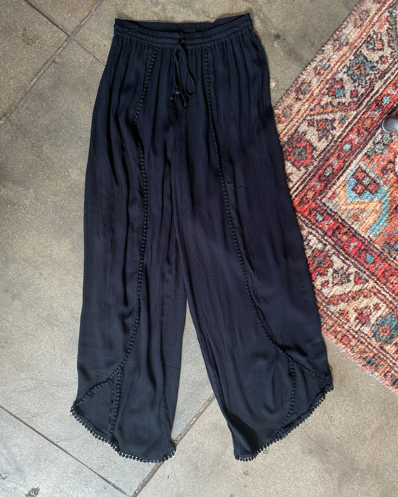 Angie Fly Away Pants (25P68)