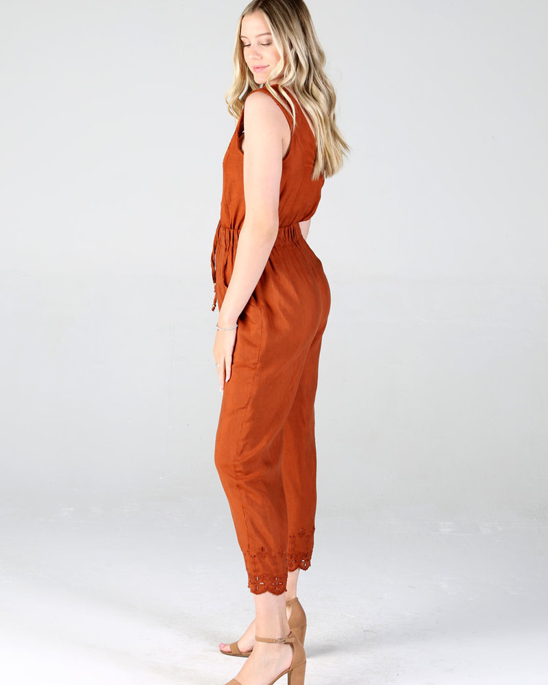 Jumpsuit With Buttons and Tie Detail (Q5V55)