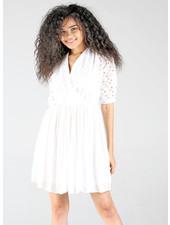 Angie White Eyelet Vneck Short Sleeve Dress (X4W52)