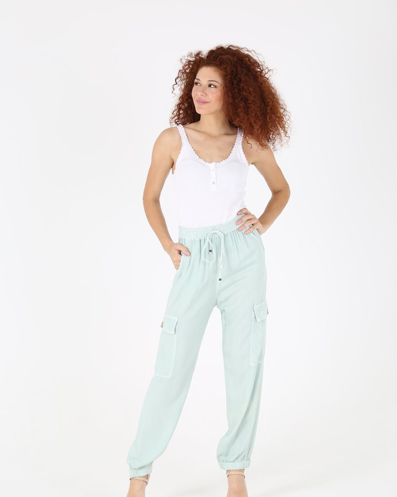 Angie Pant w/Side Pocket & Elastic Ankle Cuff (25R36)