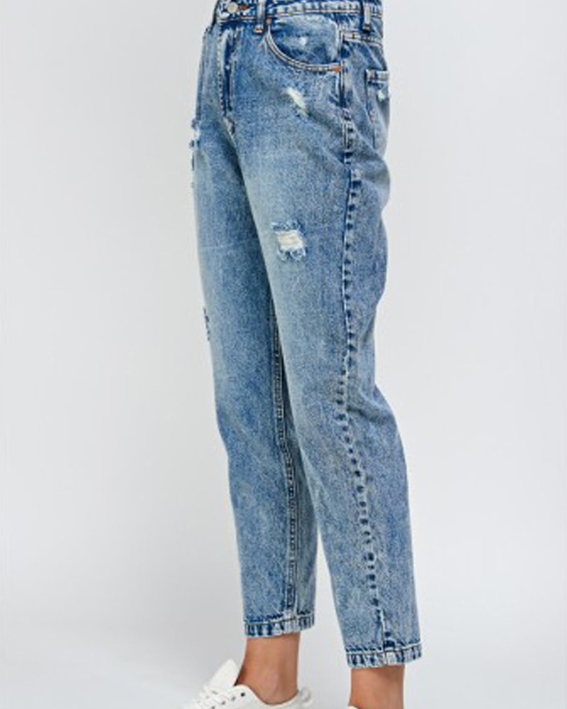 Signature 8 Destroyed High Rise Boyfriend Pants (S8778)
