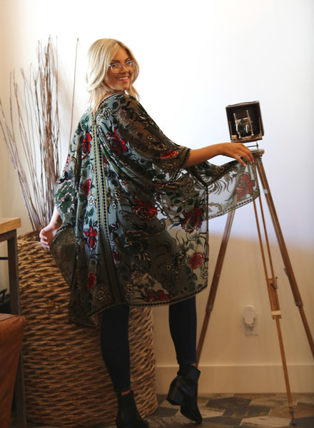 Floral Print Burnout Kimono (X2BX3)