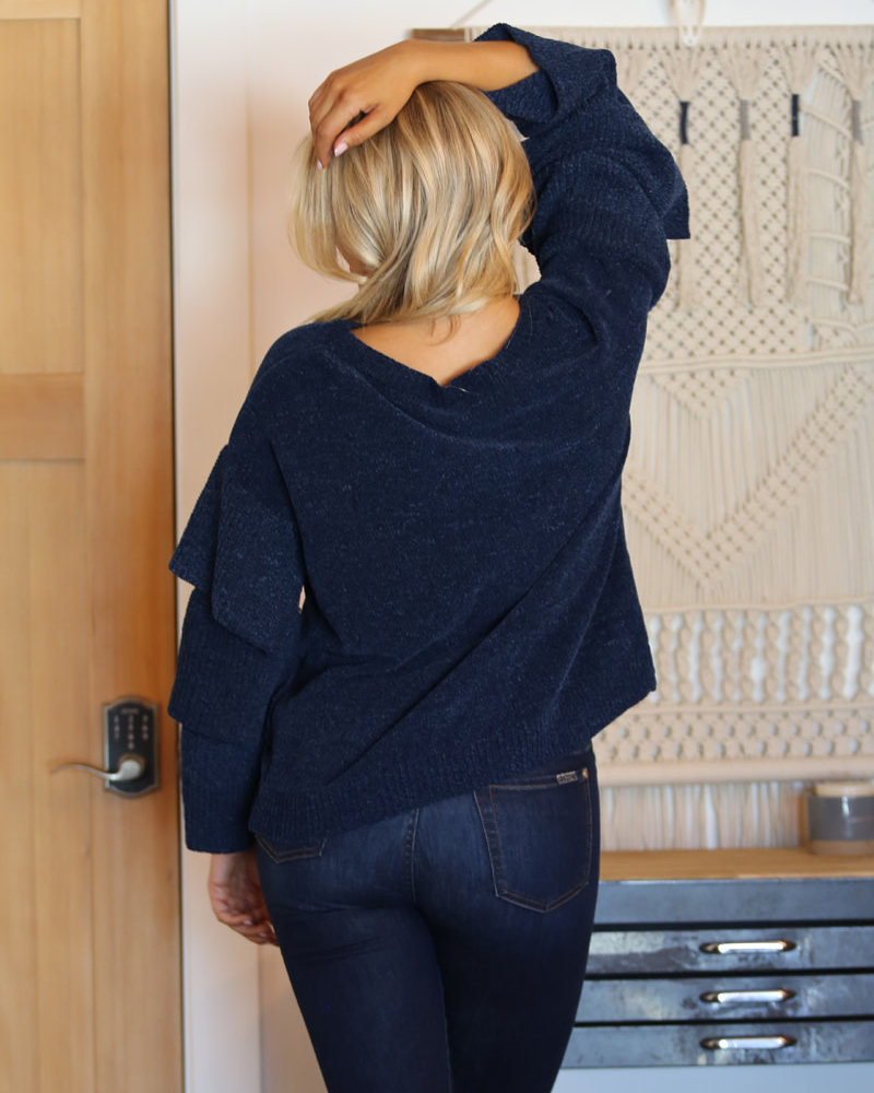 Angie Chenille Tier Sleeve Pullover (XHJ02)