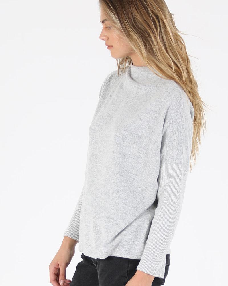Angie Hatchi Rib Knit Sleeve Top (X2BA5)