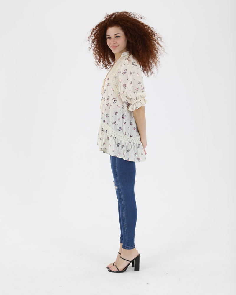 Angie Printed Top w Lace Inserts and Tie Neck (F2538)